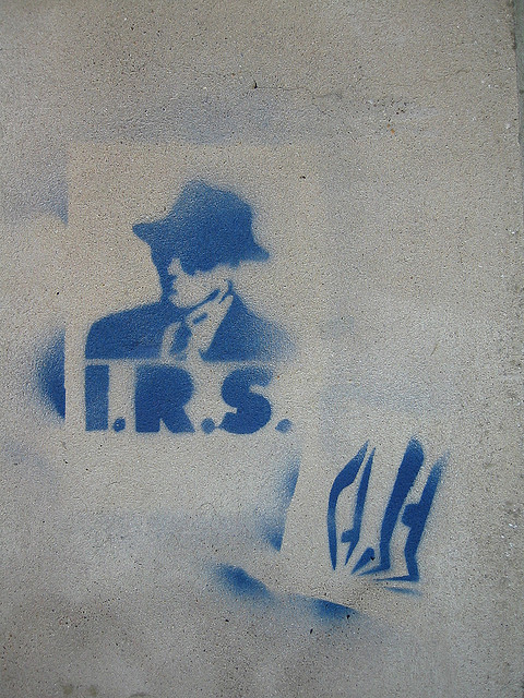 Can I Take Late Returns to My Local IRS Office?